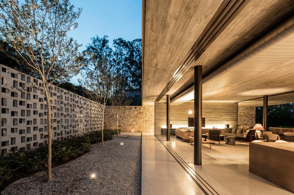 Pasqua House by StudioMK27