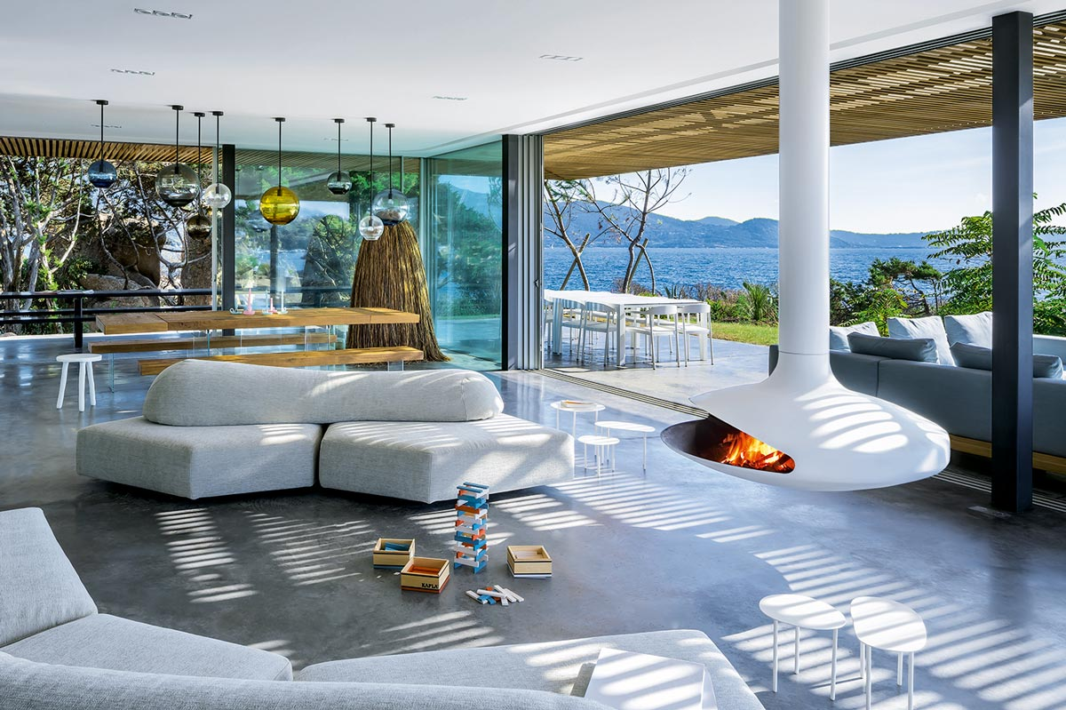 Gyrofocus fireplace by Focus on TheModernist.House