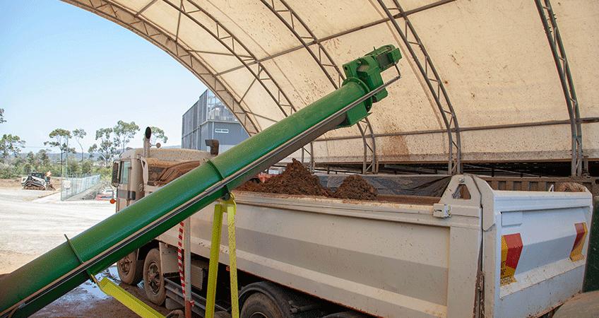 Vac-U-Digga's innovative Soil Transfer System