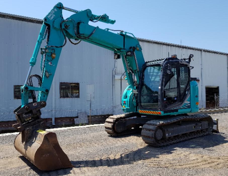 Medium excavators for hire
