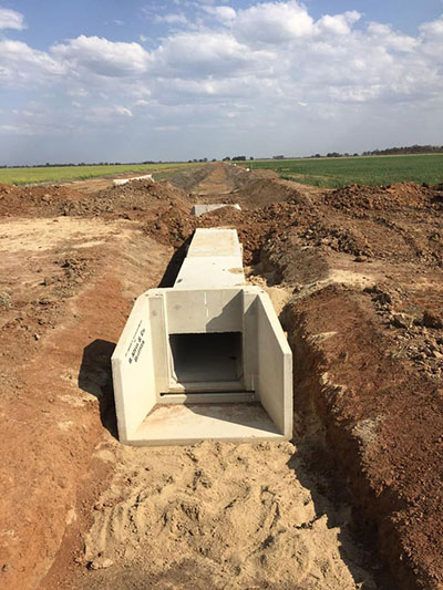 Lawton-Earth-Works-Gallery-Jerilderie-concrete-drianage-system
