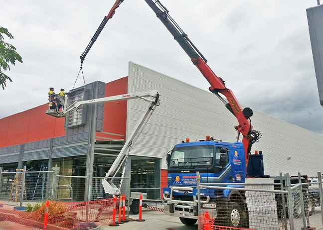 goldcoastcranehire-construction-high-access-crane-hire Toowoomba