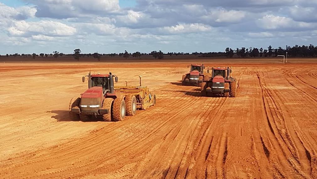 Radeski-Earthmoving-Tractors-on-site-Hay