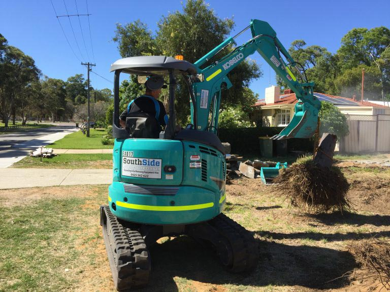 3.5 Tonne Mini Excavator 4