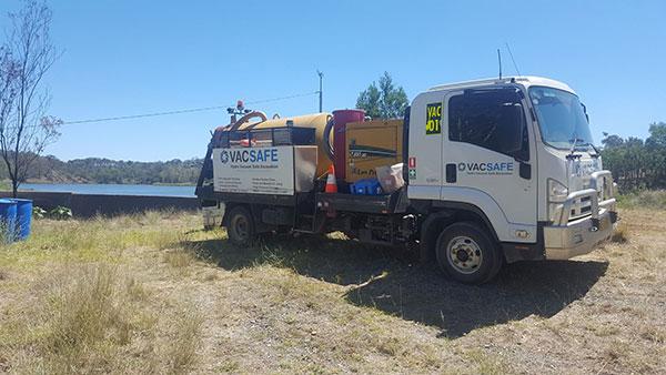 Vacsafe-onsite-vac-truck-excavation-hydro-services-non-destructive-digging-3000l-sucker-truck-hire-mudgee