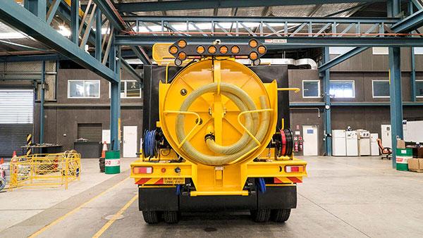 3000L-Vac-a-digga-for-hire