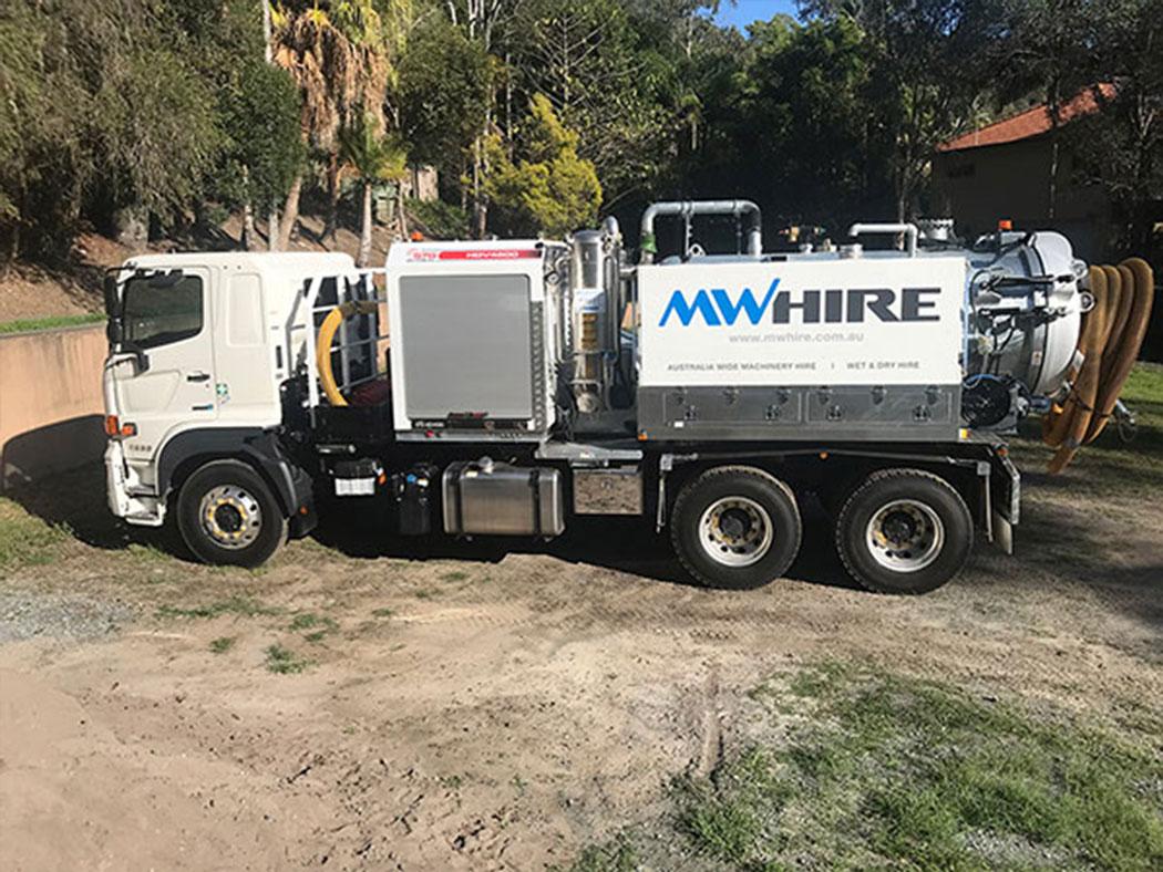 6000l-vac-truck-hire-brisbane