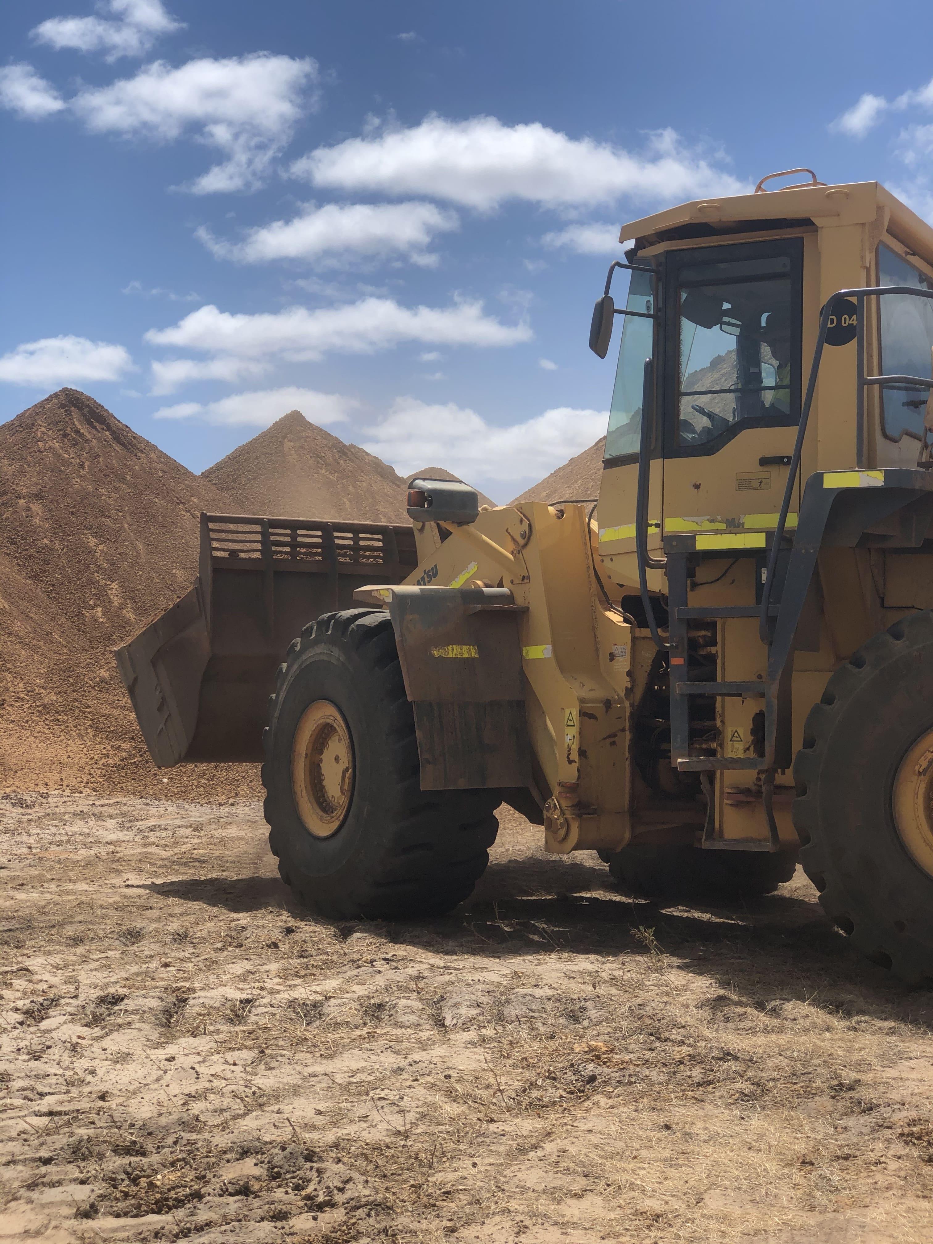30t loader hire vernice western australia