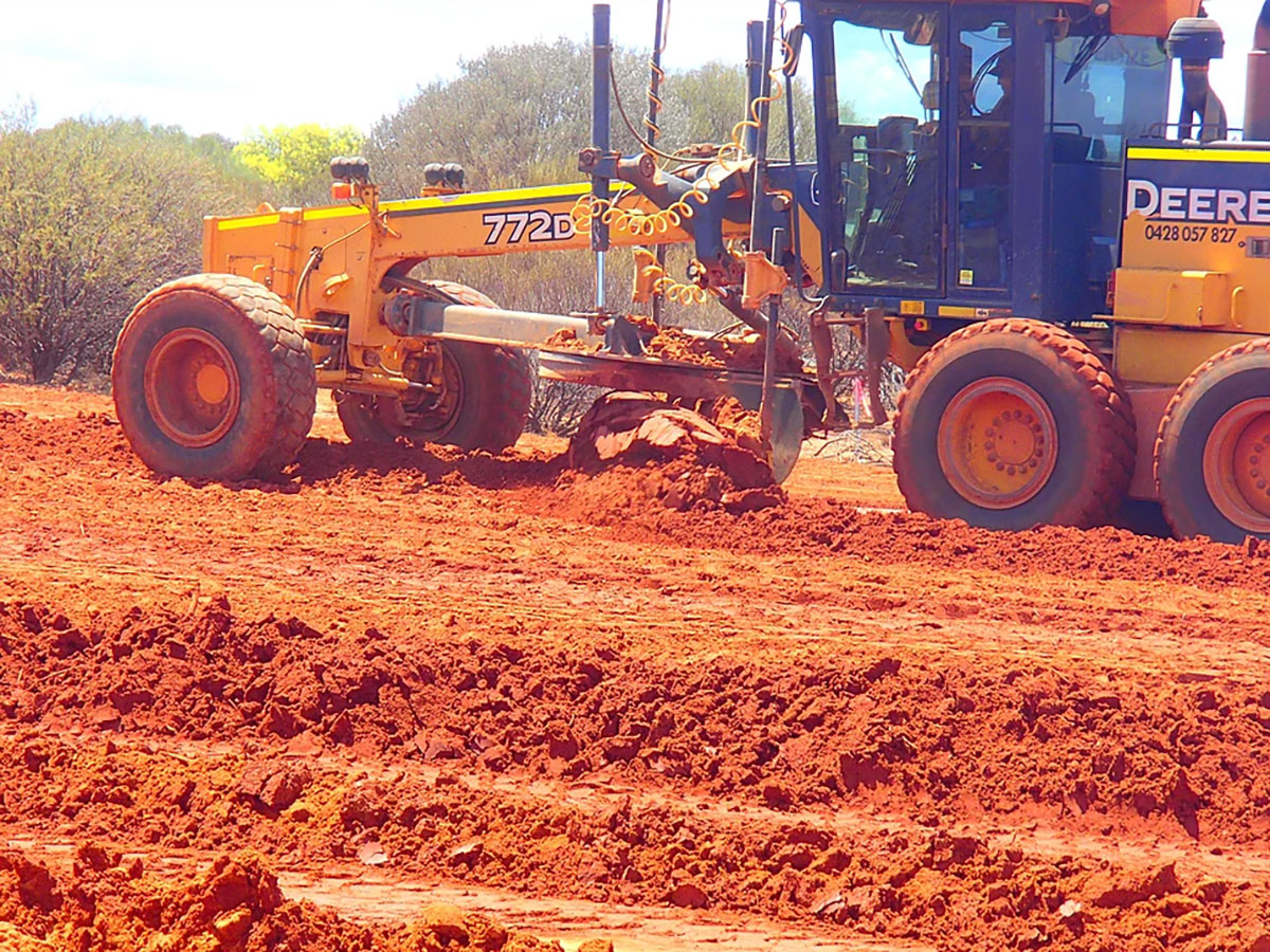 Fivestar Earthworks machine turning dirt
