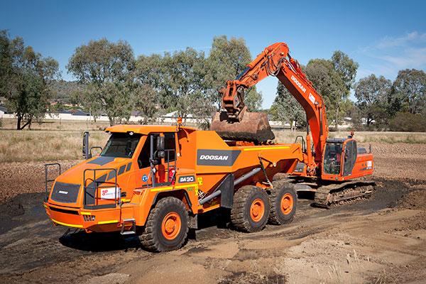 A-P-Delaney-DA30-DX300-Dump-Truck-Excavator-Hire-Albury