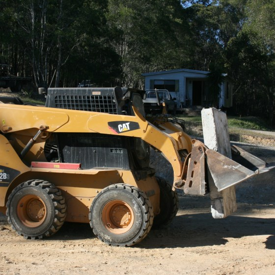 ARE YOUR GRAVEL DRIVEWAY RUNDOWN AND YOU NEED CAR PARKING SPACE