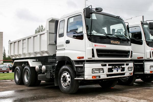 Isuzu rigid tipper truck fleet