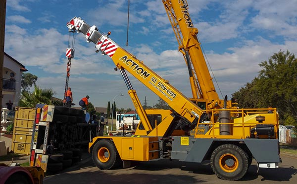 Action-Cranes-25t-Franna-Crane-Hire-1-NSW-v1