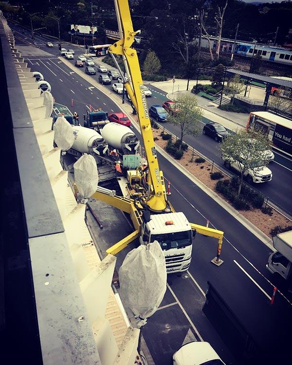 Advance-Concrete-Pumping-Concrete-Pump-Truck-Melbourne-10
