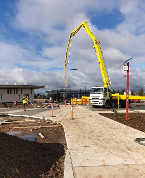 Advance-Concrete-Pumping-Concrete-Pump-Truck-Melbourne-2