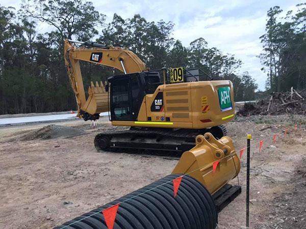 Advanced-Plant-Hire-CAT-323-Excavator-excavator-hire-kempsey