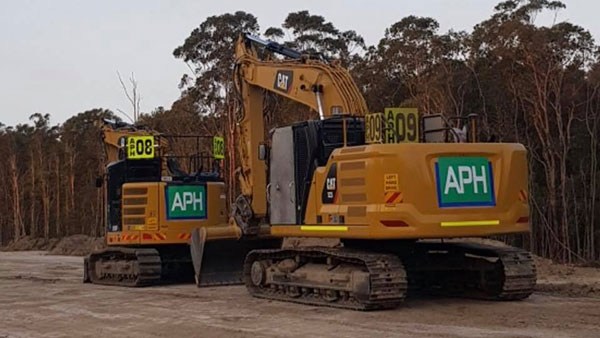 Advanced-Plant-Hire-Excavators-CAT-plant-hire-kempsey