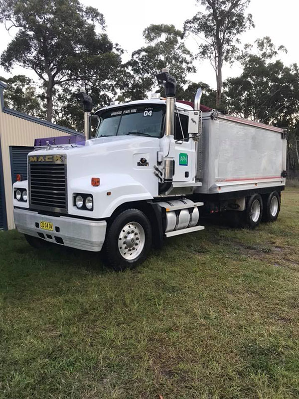 Advanced-Plant-Hire-Mack-Tipper-Truck-articulated-dump-truck-hire-kempsey