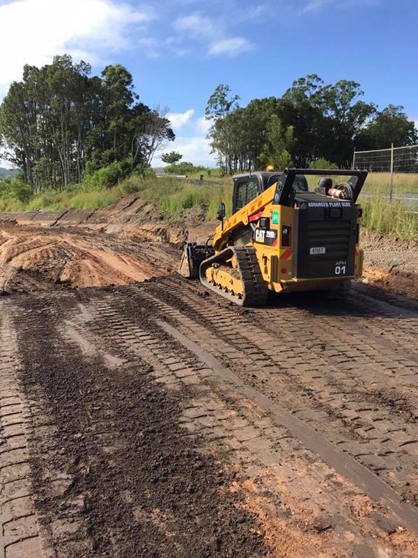 Advanced-Plant-Hire-Skid-Steer-Loader-Kempsey