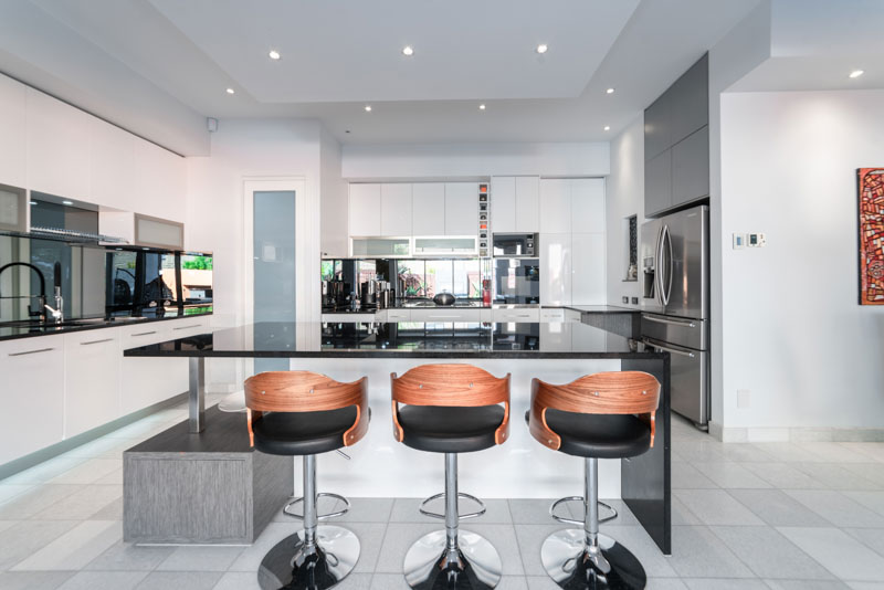 Contemporary kitchen island and stools