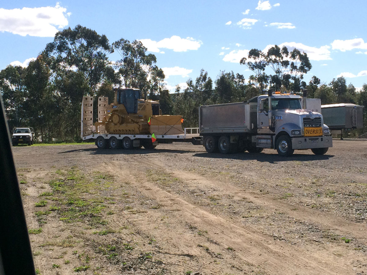 All-Dunn-Excavations-floating-road-truck-hire Newcastle