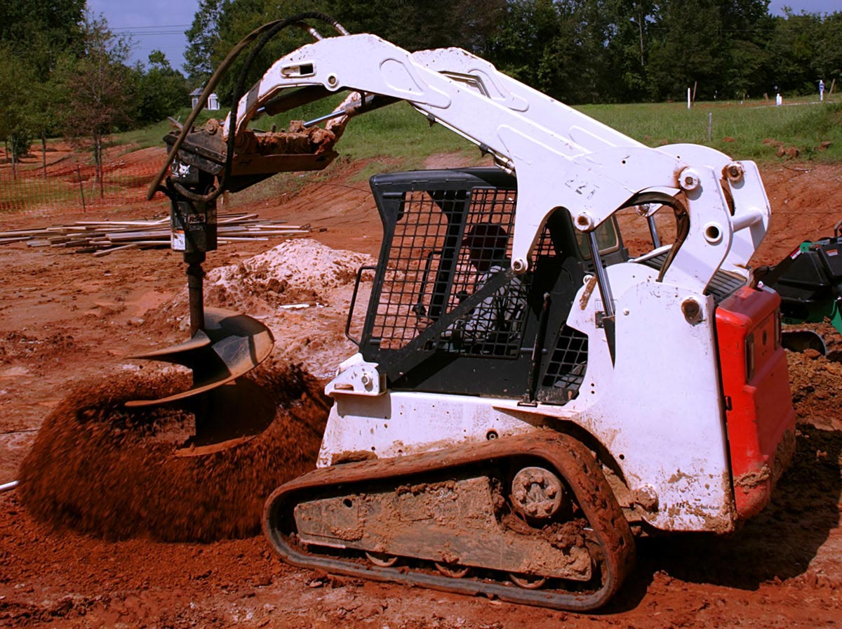 Attcall Civil Contractors Skid Steer Loader and Posi-Track Hire