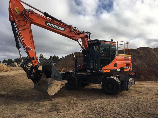 Australian-Civil-Solutions-excavator-hire-Brisbane
