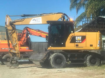 Australian-Civil-Solutions-excavator-hire-Brisbane