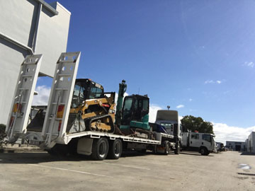 Australian-Civil-Solutions-truck-hire