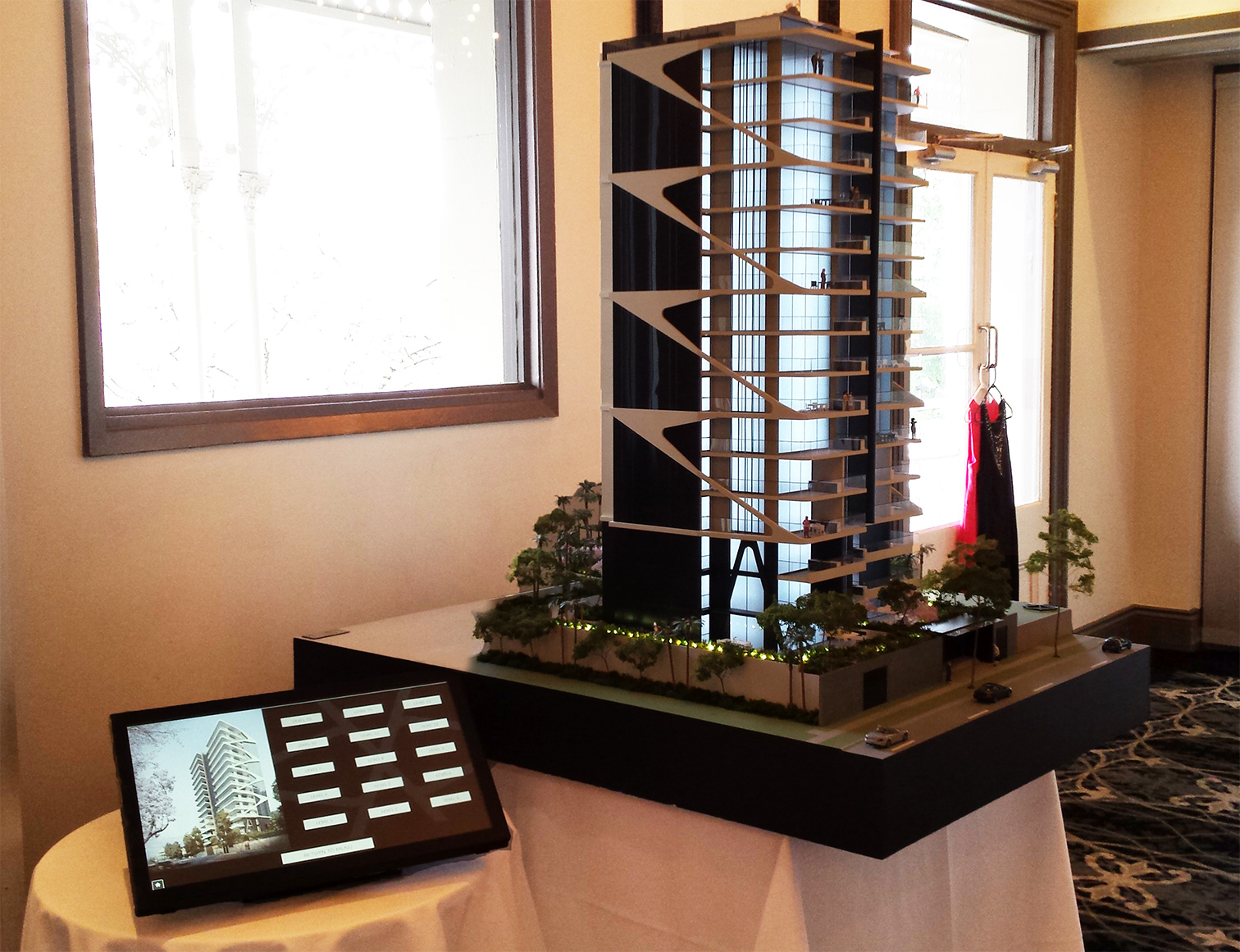 Banc Tower Ideal Property