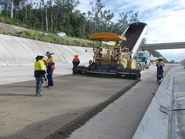 Base-Pave-NQ-Road-Base-Paving-Cold-Recycling-highway-project-operators