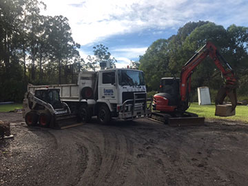 Road truck tipper hire Queensland
