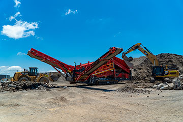 Byrne-Resources-Group-crusher-front-loader-excavator