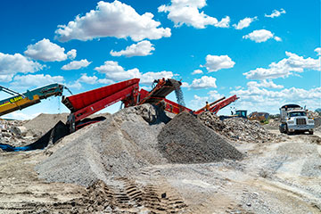 Byrne-Resources-Group-stockpiles-crushers