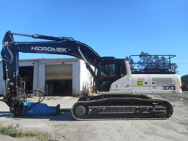CEG-Rentals-Hidromek-Excavator-and-Rock-Breaker-Newcastle