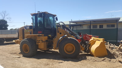 CID Services Loader plant hire Wagga Wagga