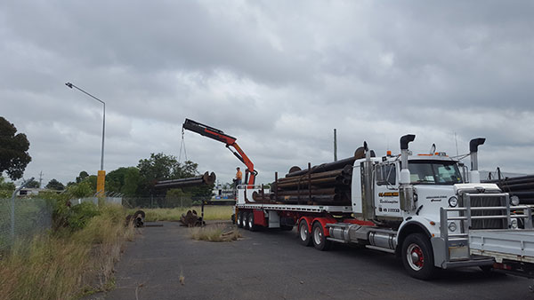 CQ-Crane-Hire-truck-mounted-crane-truck-transport
