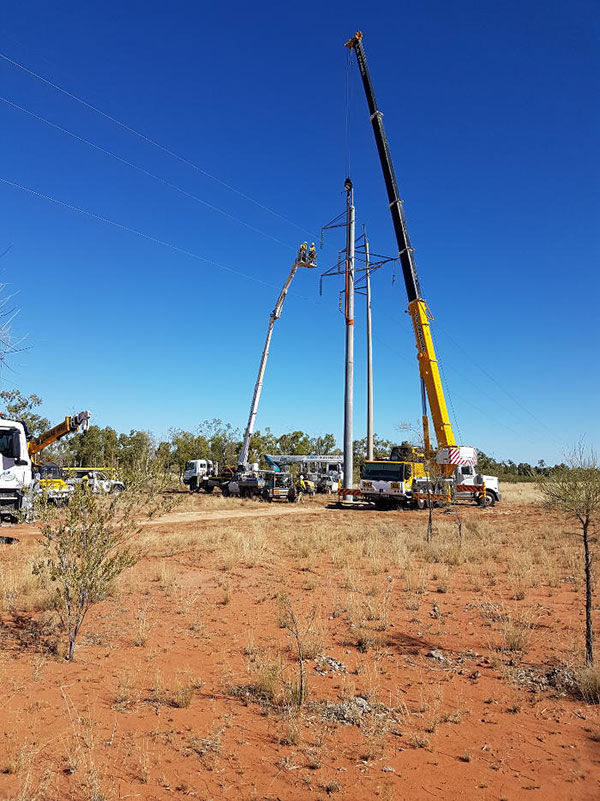 CQ-Crane-Hire-truck-power-line-repair