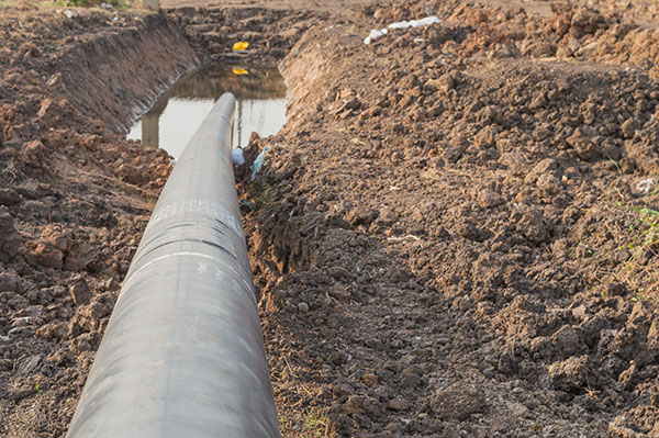 Cablenet-Industries-pipeline-transportation-Installing-underground-pipes-pit-pipe-installation