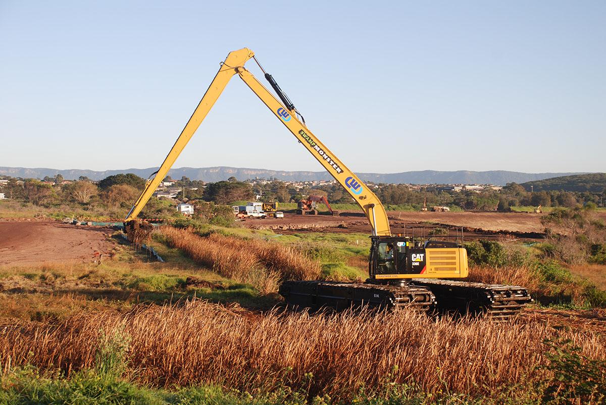 CAT 330 Longreach Excavator