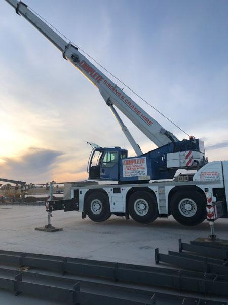 Mounted mobile crane