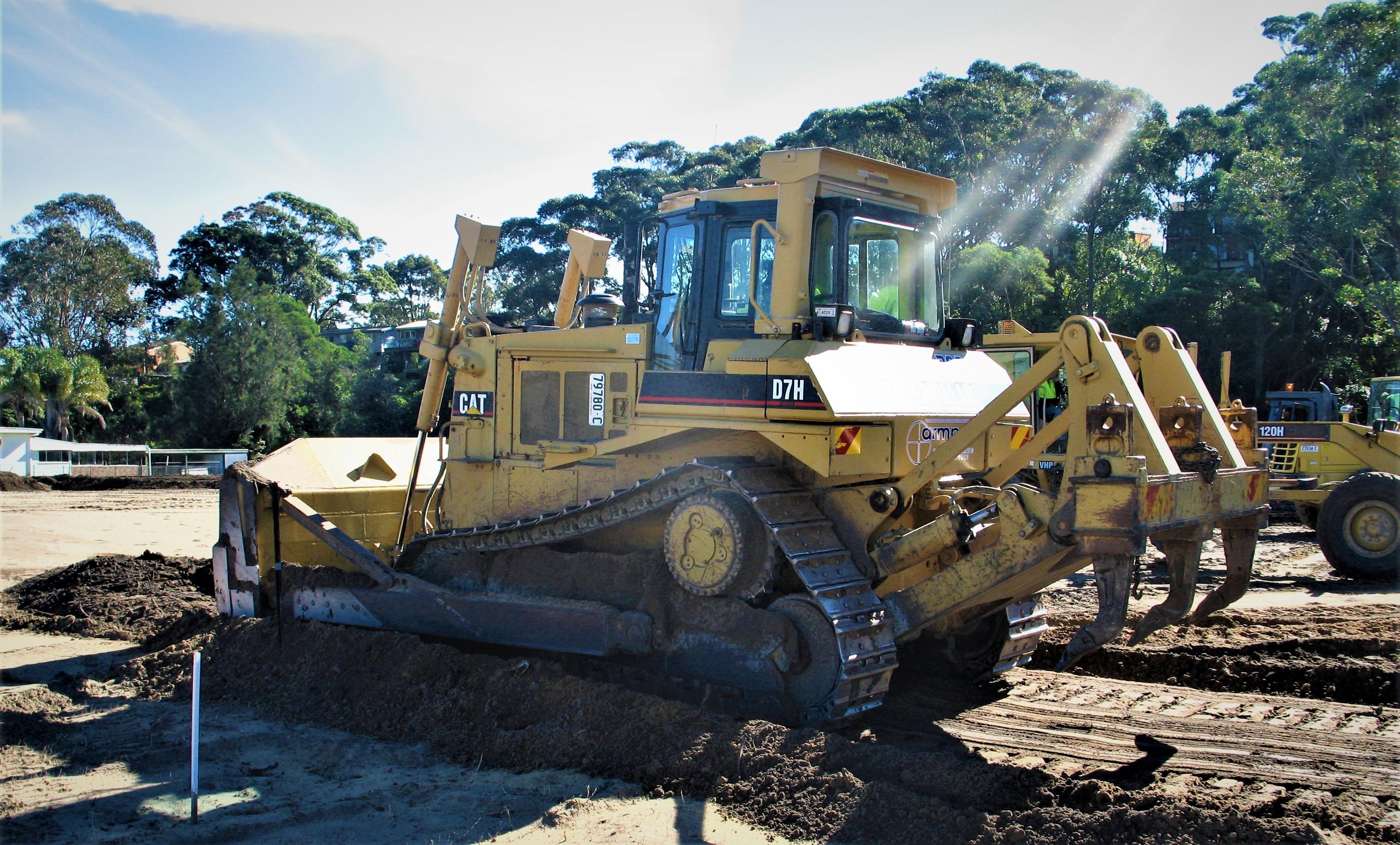 Armpell-Civil-CAT-621B-Scraper-land-clearing-Batemans-Bay
