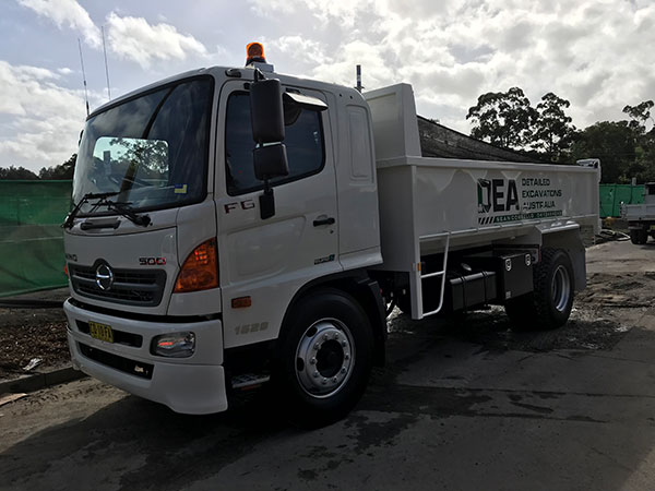 Detailed-Excavations-Australia-Tipper-Truck-Sydney