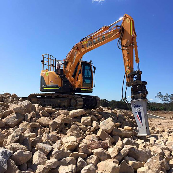 Detailed-Excavations-Excavator-rock-breaker-attachment-Sydney