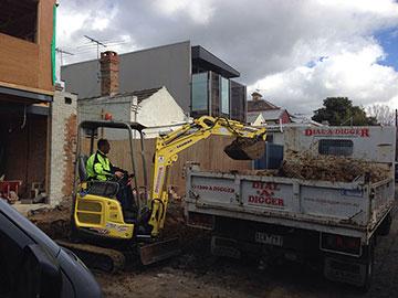Dial-A-Digger-excavator-tipper-combo