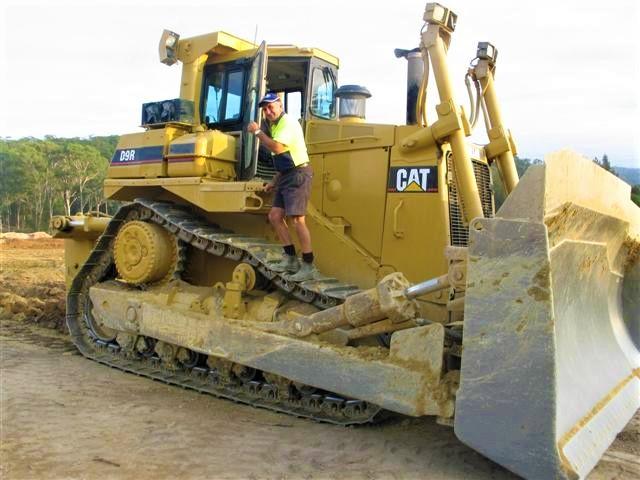 Armpell-Civil-CAT-615-Scraper-site-cuts-Eurobodalla