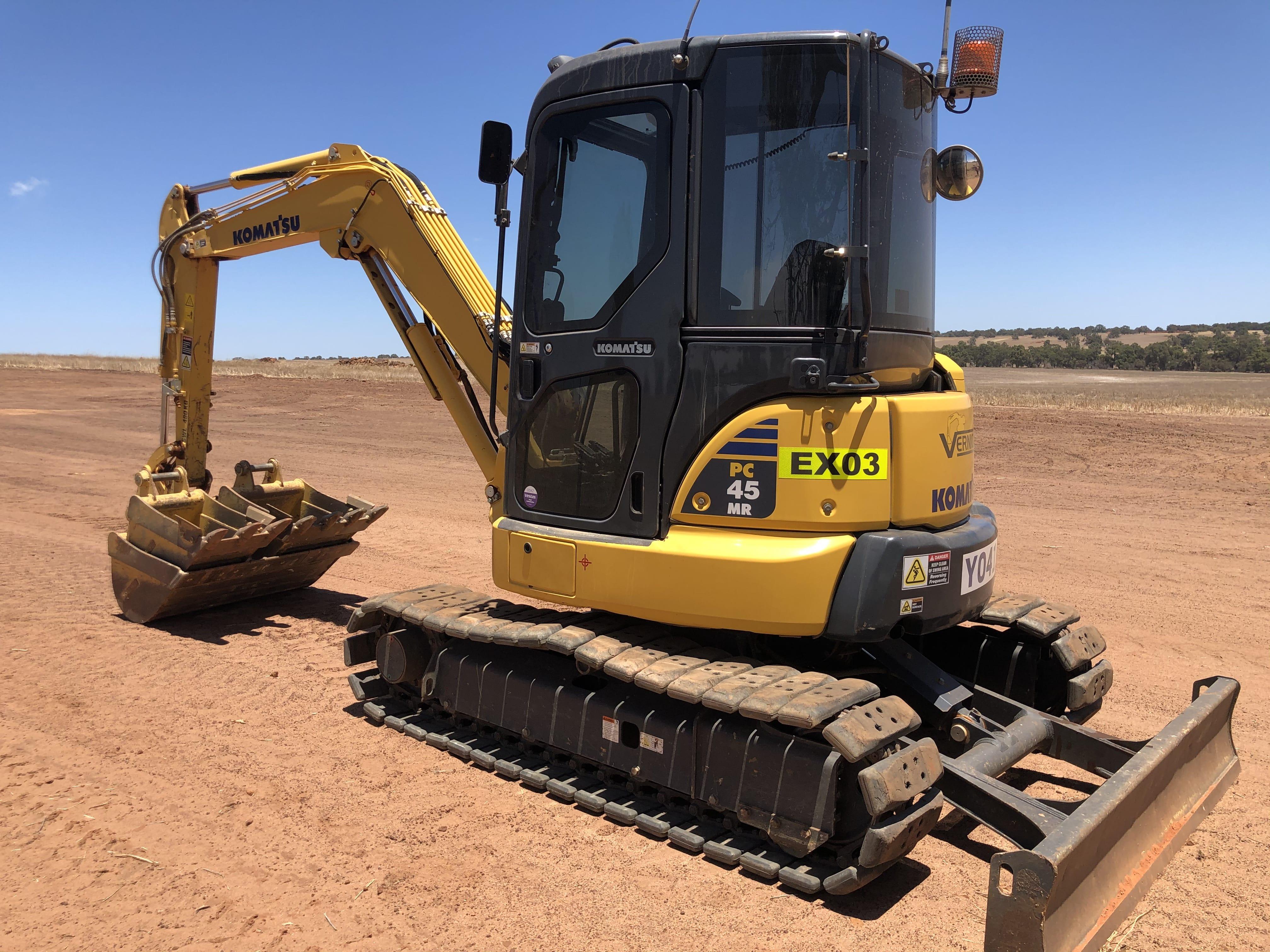 2.5 t excavator hire vernice western australia