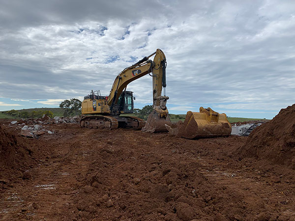 Fletcher-Bros-Solutions-excavator-bucket-attachments-Plant-earthwork-contracting-melbourne