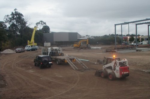GOLD COAST EXCAVATION EXCAVATOR HIRE QLD. SAND, CONCRETE AND SOIL REMOVAL SERVICES