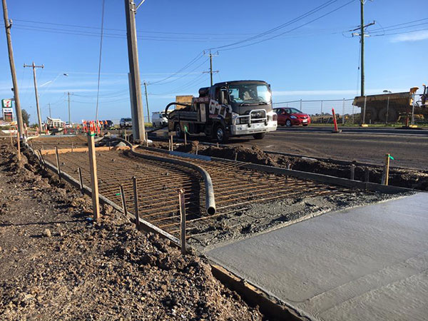 Get-Pumped-Concrete-Pumping-Civil-Foot-Path-concrete-line-pump-hire-concrete-slabs-melbourne